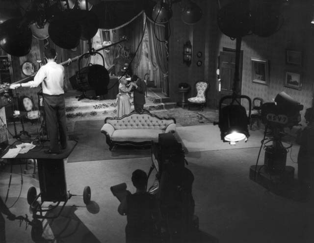 Shaw's Candida starring Joan Miller. Set design by George Havrillay.